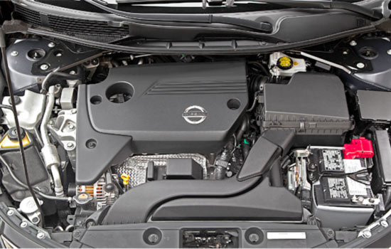 2019-Nissan-Altima-Engine