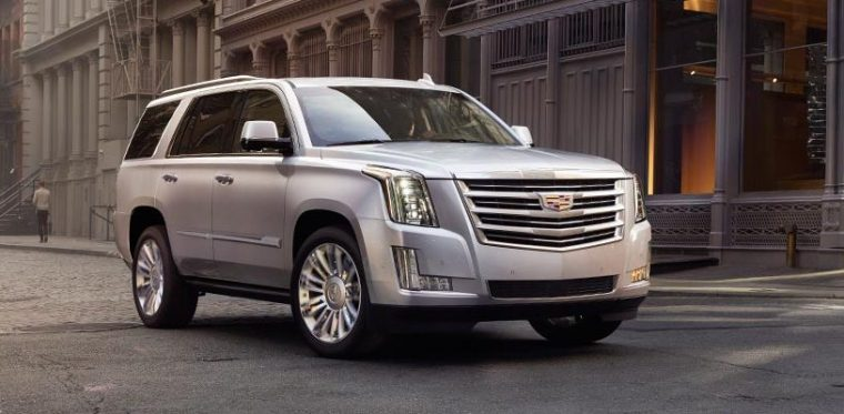 2020 Cadillac Escalade Spied For The First Time | AutoStin ...